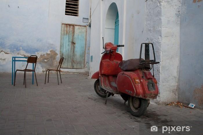 Fotomural Estándar Vespa, Kairouan, Tunisa - Vespa