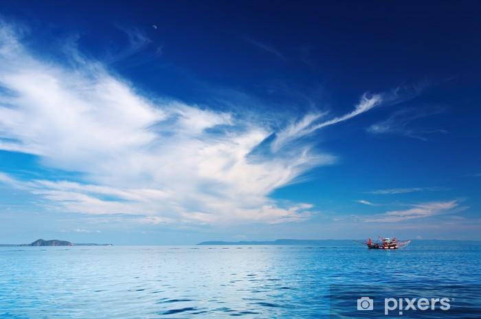 Papier peint vinyle Paysage marin avec le bateau de pêche, Thaïlande - Ciel