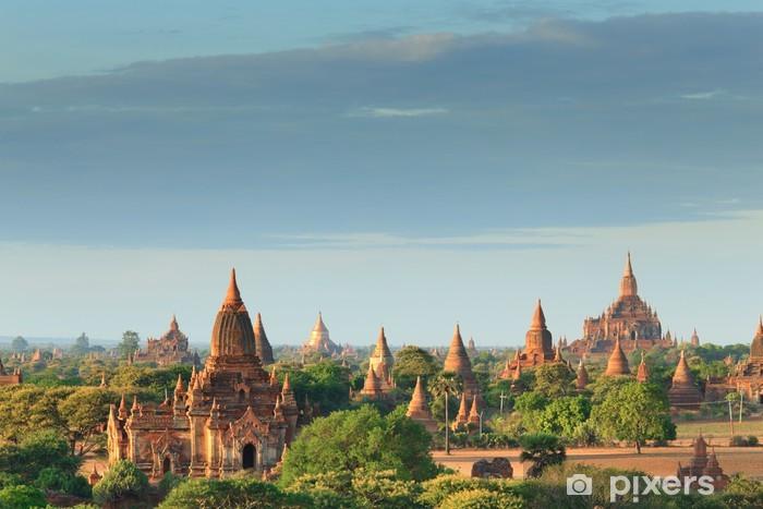 Vinylová fototapeta Chrámy Bagan při východu slunce, Bagan, Myanmar - Vinylová fototapeta
