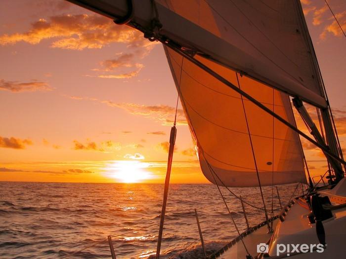 Fotomural Estándar Navegando hacia la puesta de sol - Temas