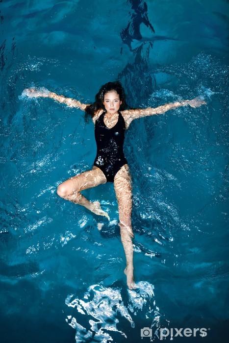 Zelfklevend Fotobehang Sexy zwemmer. - Individuele sport