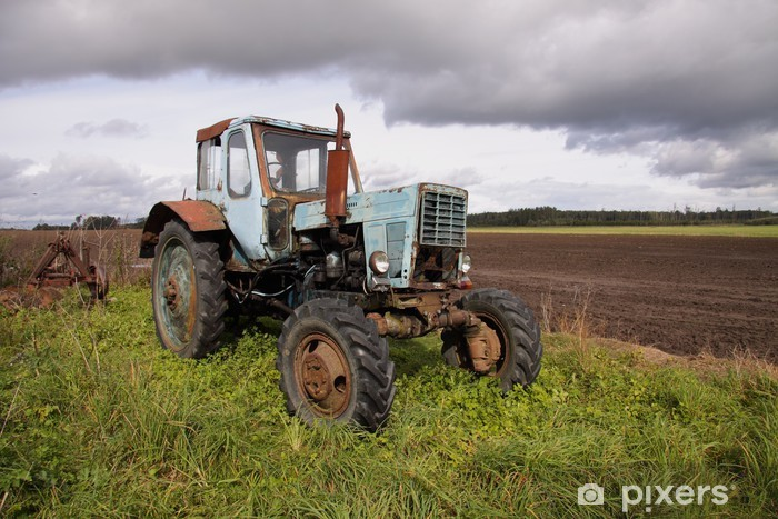 Vinilo Pixerstick Antiguo tractor de ruedas - Estaciones