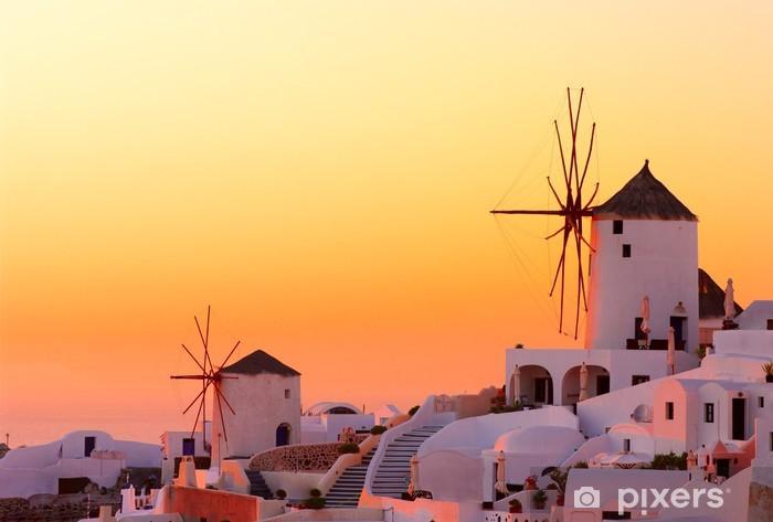 Fototapeta winylowa Santorini słońca - Młyny i wiatraki