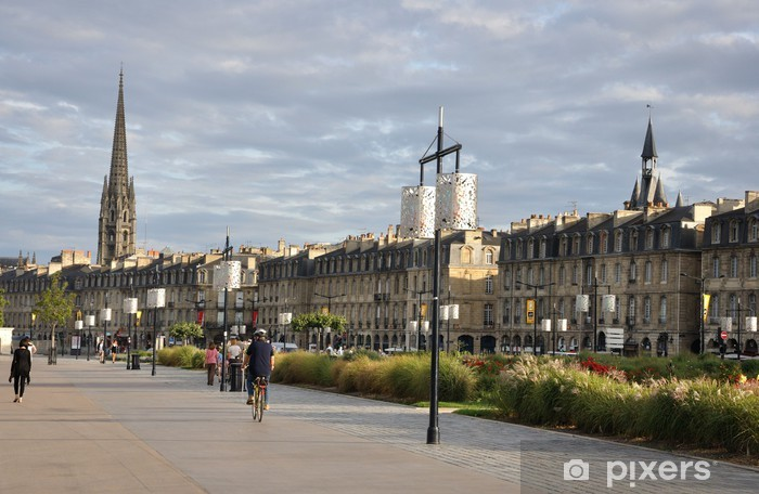 Papier peint vinyle Bordeaux 8 - Vacances