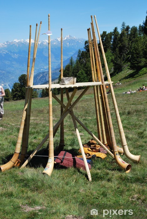 Fototapeta winylowa Alphorns Alphorn Festival w Nendaz - Inne uczucia