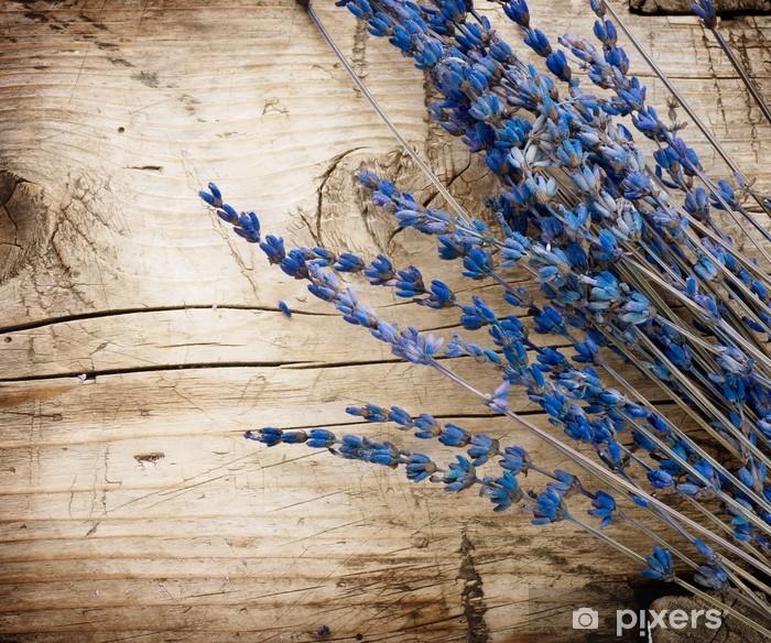 Fototapeta winylowa Lavender nad background.with drewna kopii przestrzeń - Zioła