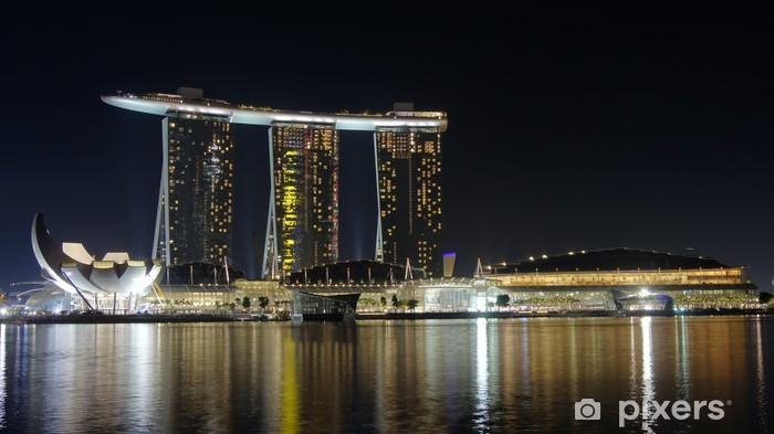 Fototapeta winylowa Marina Bay piasek nad brzegiem morza - Miasta azjatyckie