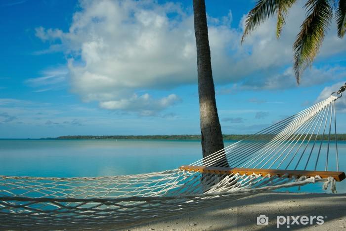Fototapeta winylowa Pusty hamak zaprasza kogoś do wypoczynku w tropikalnych sceny. - Wyspy