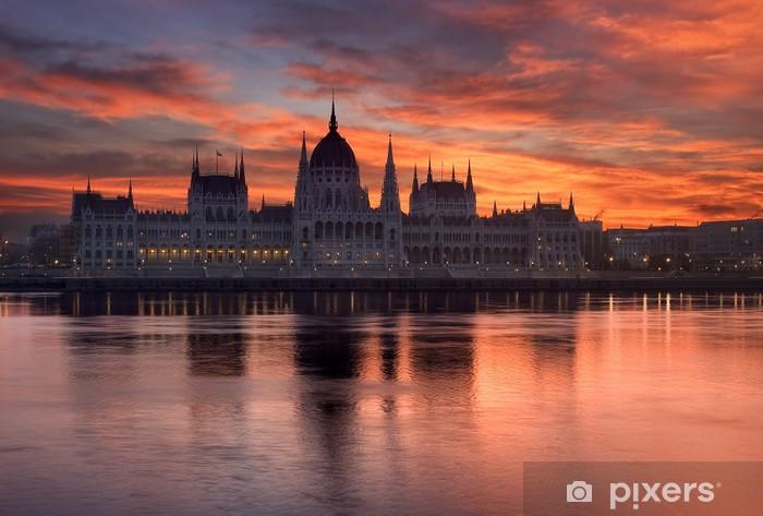 Vinyl Fotobehang Parlementsgebouw van Boedapest in zonsopgang. Hongarije - Thema's