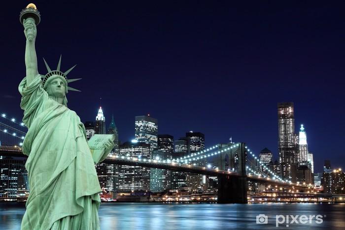 Papier peint vinyle Brooklyn Bridge et la Statue de la Liberté, New York City - New York