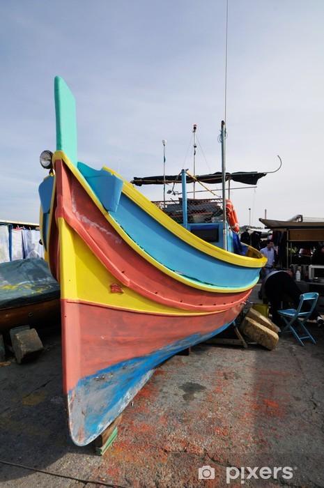 Vinyl-Fototapete Luzzu, Malteser typischen Fischerboot auf Marsaxlokk Hafen, Malta - Europa