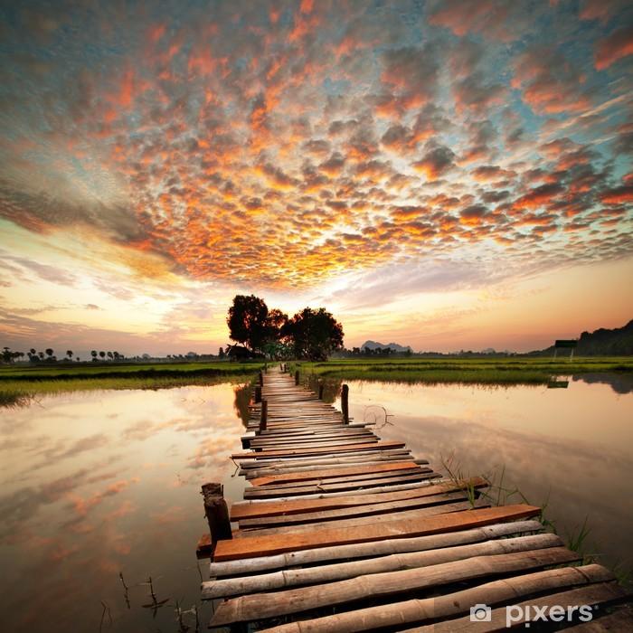 Vinilo Pixerstick Río en la puesta del sol -