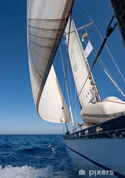 Fotomural Estándar Barco de vela en el mar - Barcos