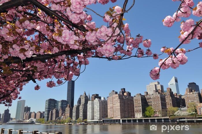 Fototapeta winylowa New York City Skyline i wiśni. - Miasta amerykańskie