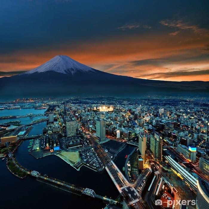Vinylová fototapeta Surreal pohled na Yokohama města a Mt. Fuji - Vinylová fototapeta
