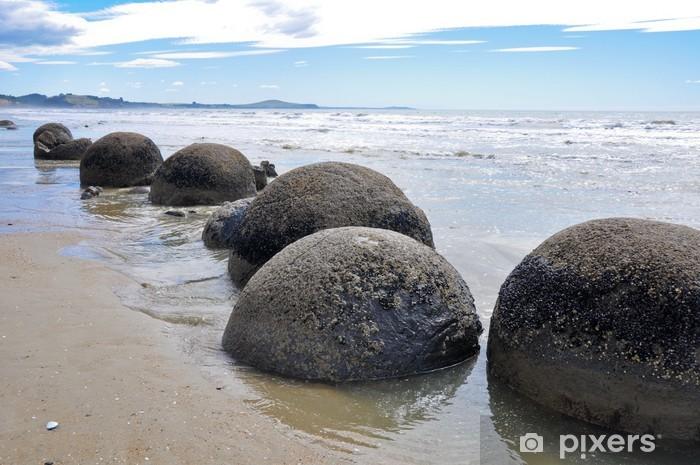 Fototapeta winylowa Głazy Moeraki, Nowa Zelandia - Oceania