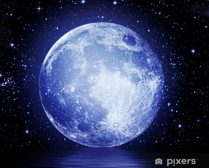 Vinyl Fotobehang De volle maan aan de nachtelijke hemel weerspiegeld in het water - Thema's