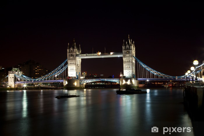 Naklejka Pixerstick London Tower Bridge w nocy - Tematy