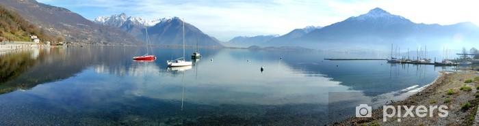 Nálepka Pixerstick Panoramatický pohled na italské jezera Como - Evropa