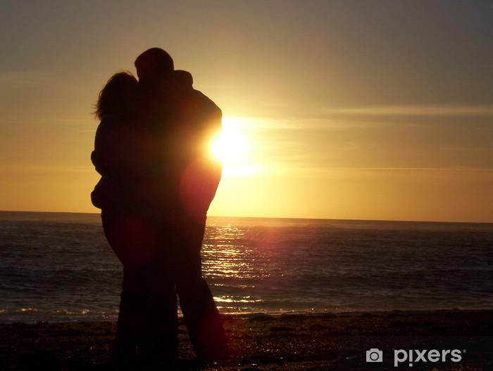 Vinyl-Fototapete Kuss bei Sonnenuntergang - Fröhlichkeit