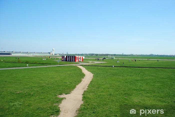 Papier peint vinyle Tempelhofer Feld - Villes européennes