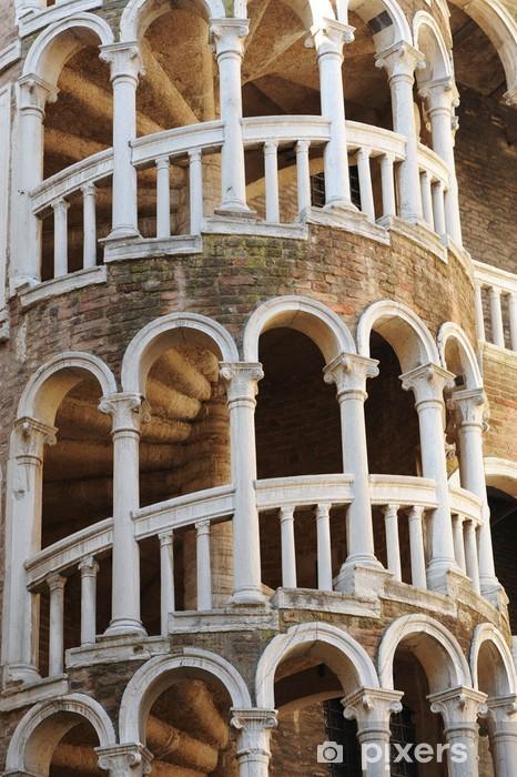 Papier peint vinyle Il bovolo Venezia 1125 - Villes européennes