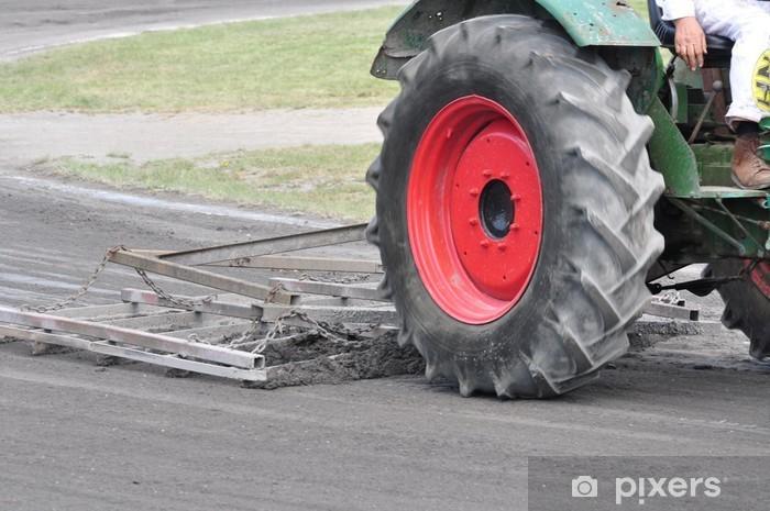 Vinyl-Fototapete Trecker bei der arbeit - Landwirtschaft