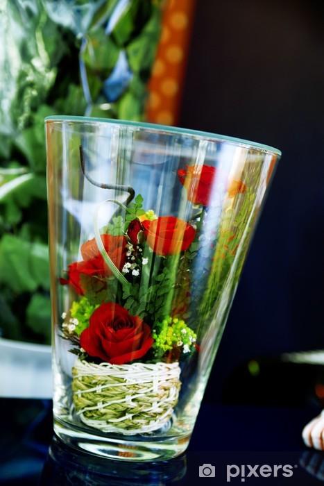 Fototapete Kleine Bouquet Von Rosen In Glas Als Romantisches Geschenk Zur Hochzeit