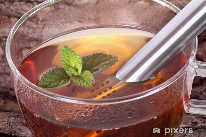 Fototapeta winylowa Filiżanka herbaty z melisy - Gorące napoje