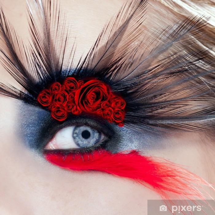 Sticker Pixerstick Femme noire d'oiseau maquillage des yeux roses rouges macro - Thèmes