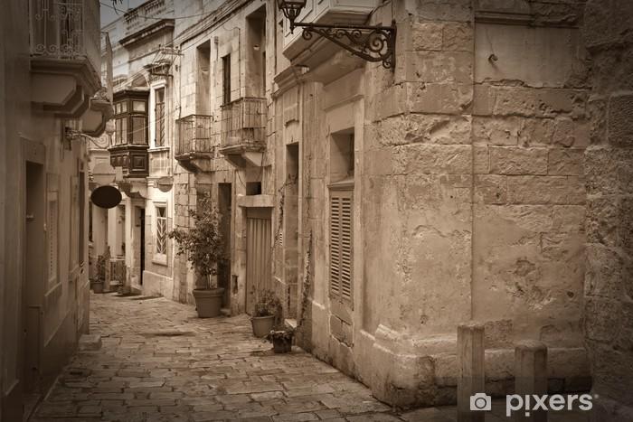 Sticker Pixerstick Rétro photo d'une rue étroite ancien - Thèmes