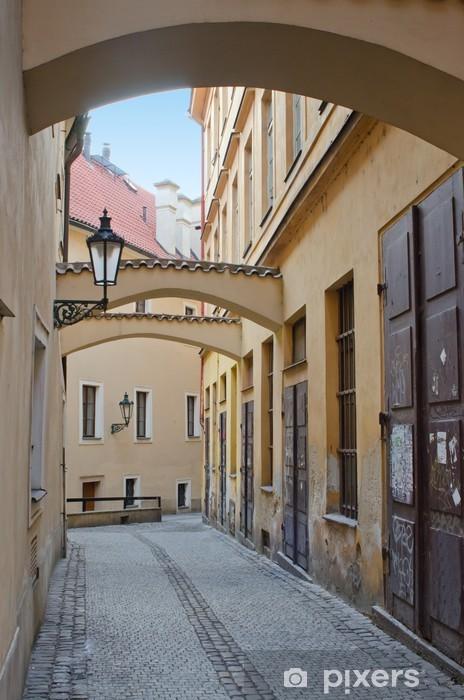 Fotomural Estándar Antiguo estrecha calle con arcos, Praga - Praga