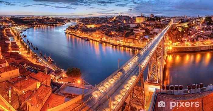 Papier peint vinyle Porto, rivière Douro et le pont la nuit - Thèmes
