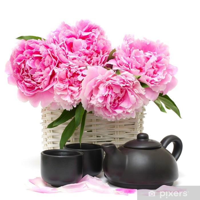 Naklejka Pixerstick Chiński zestaw herbaty i różowy piwonia kwiat samodzielnie na białym tle - Posiłki