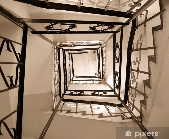 Papier peint vinyle Ancienne cage d'escalier d'enroulement - Industrie lourde