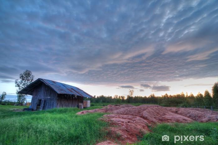 Fototapeta winylowa Coop w tle zachodu słońca (HDR) - Inne pejzaże