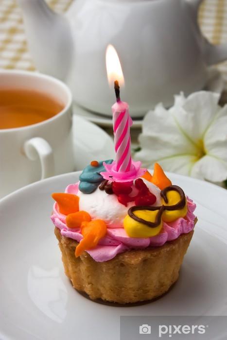 Fototapeta winylowa Tort ze świeczką - Słodycze i desery