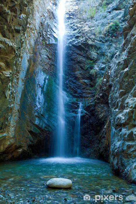 Fototapeta winylowa Wodospady Chantara w górach, Cypr Trodos - Tematy