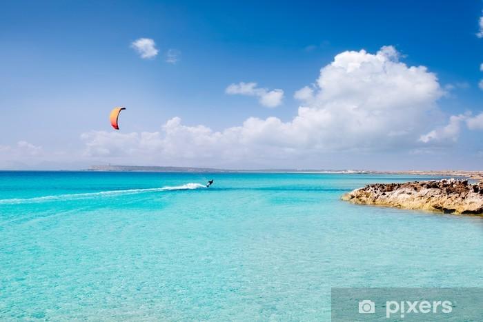 Papier peint vinyle Illetas Formentera plage turquoise îles paradisiaques - Sports aquatiques