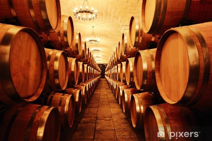 Fototapeta winylowa Piwnica z beczkami -