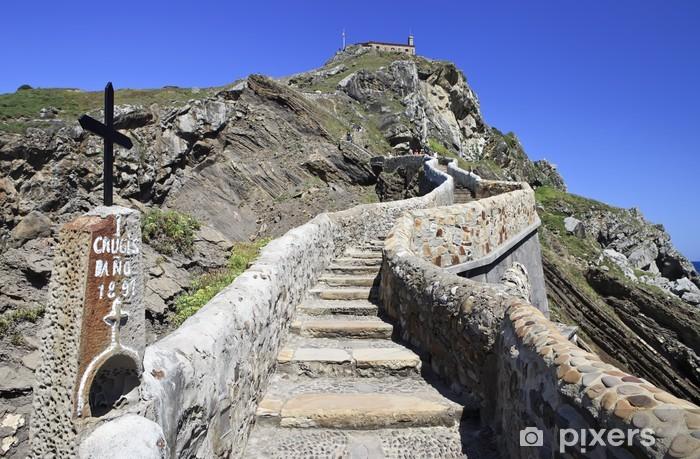 Fototapeta winylowa Droga do San Juan de gaztelu.exe Sanktuarium - Europa