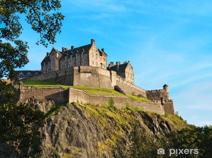 Fototapeta zmywalna Zamek w Edynburgu ponad jasnego nieba, Szkocja, Wielka Brytania - Tematy