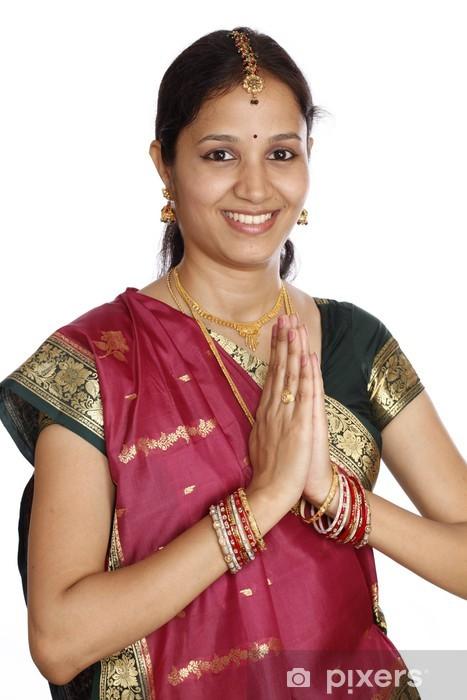 indiske kvinder dating dating agentur cyrano 2013 torrent