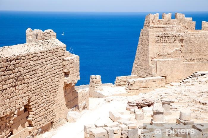 Vinilo Pixerstick Ruinas del antiguo templo. Lindos. La isla de Rodas. Grecia - Europa