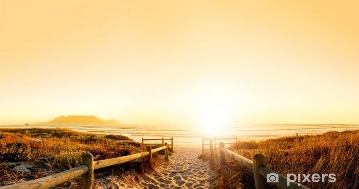 Papier peint vinyle Coucher de soleil sur l'océan - Paysages