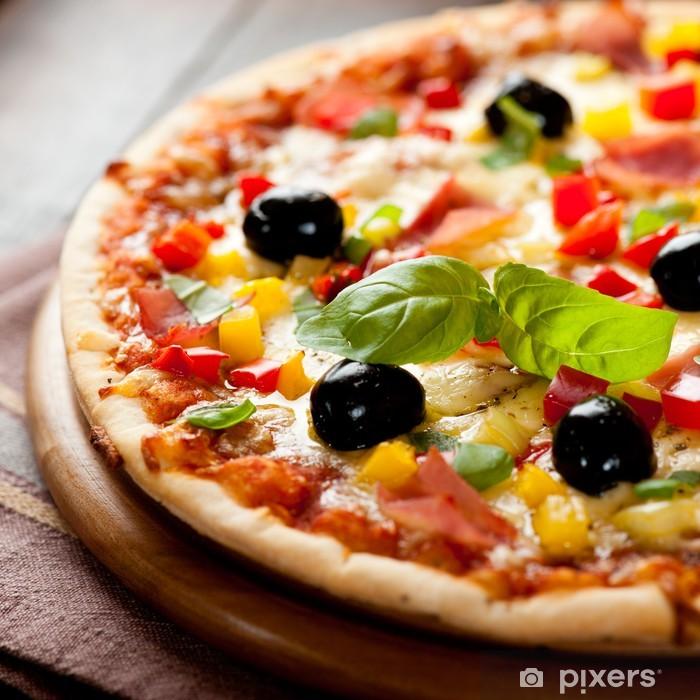 Papier peint vinyle Pizza au jambon, poivron et olives - Thèmes