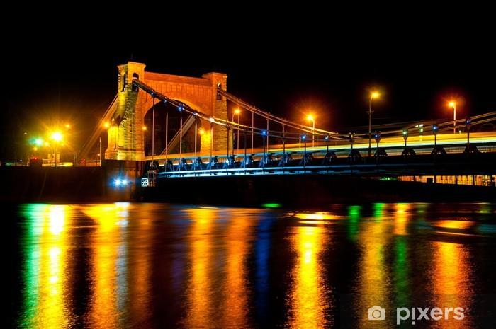 Papier peint vinyle Pont suspendu dans la nuit - Grunwaldzki Bridge, Wroclaw, Pologne - Thèmes