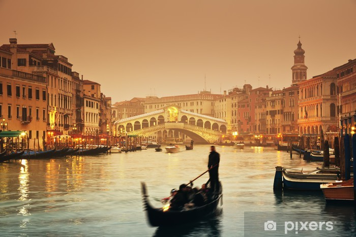 Rialto Bridge and gondolas at a foggy autumn evening in Venice. Vinyl Wall Mural - Themes