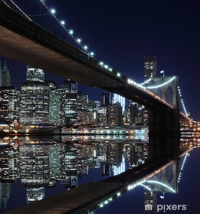 Adesivo Pixerstick Ponte di Brooklyn e skyline di Manhattan di notte, New York City -