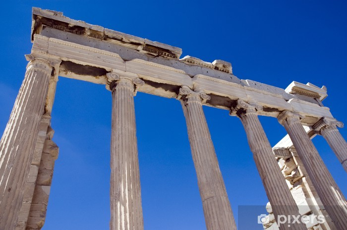Naklejka Pixerstick Colums ruiny greckiej świątyni pod błękitne niebo - Miasta europejskie